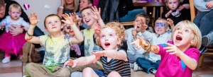 Kids Entertainer Altrincham, birthday party magician
